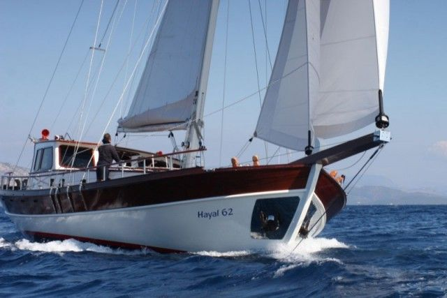 Hayal 62 deluxe class tirhandil charter from Bodrum