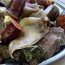 Cocido Gallego en A Coruña.  Excepcional cocido gallego  http://www.onfan.com/es/especialidades/coristanco/casa-sanchez/cocido-gallego?utm_source=pinterest&utm_medium=web&utm_campaign=referal