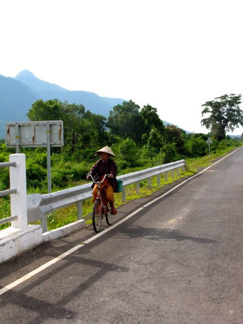 Things to do in Southern Laos. Pakse, Laos & Champasak, Laos. Backpack SE Asia. Travel SE Asia!
