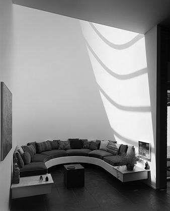 The Jerome and Carolyn K. Meier House, modernist houses, 1965
