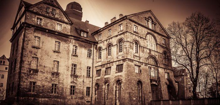 Griezel mee in deze 6 Belgische spookhuizen