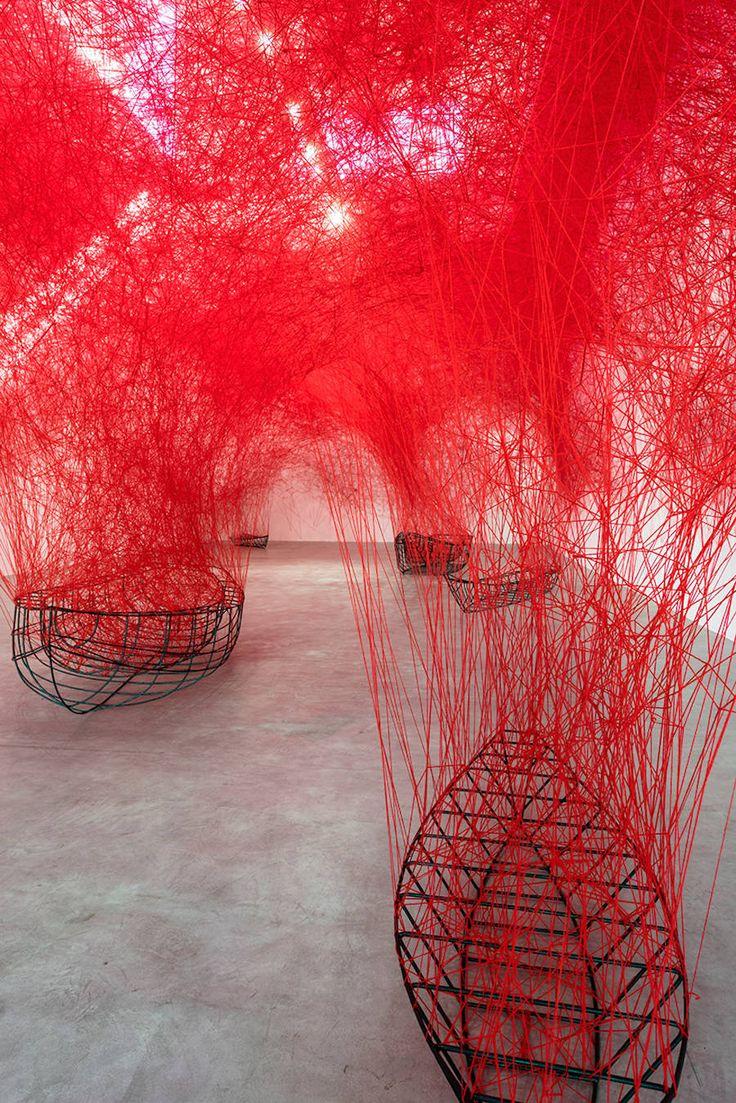 New Inspiring Installation by Chiharu Shiota – Fubiz Media