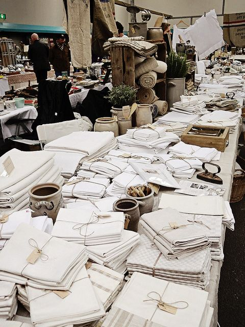 A sea of vintage linens...heaven!  (at antique market in Utrecht – www.fleurslinnen.nl)