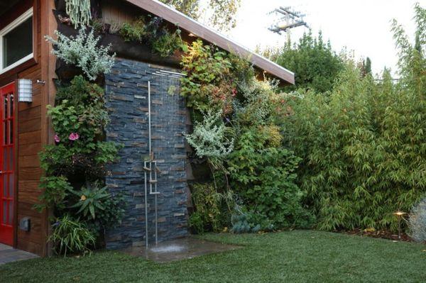 Designs für anregende Gartenduschen grün landschaft pflanzen