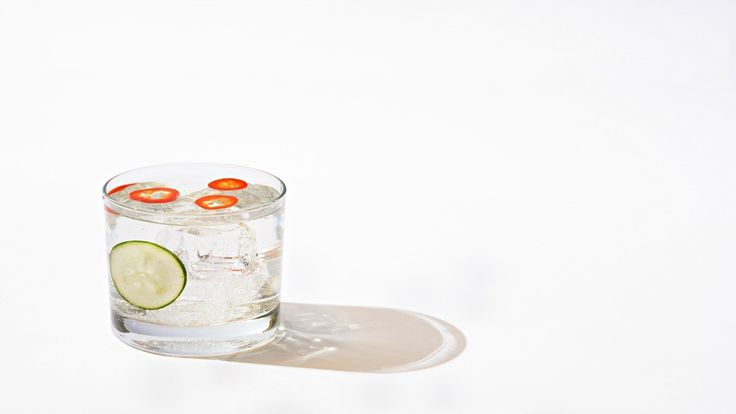 Low-Calorie Summer Cocktails | Muscle & Fitness