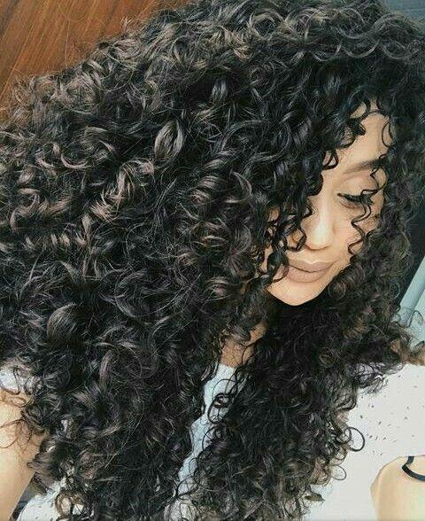 Vandressa Ribeiro | Curly Hair | Cabelo cacheado | Cachos | Cacheada