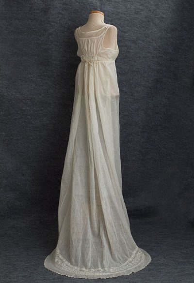 Embroidered muslin dress, minus the bodice - c1810