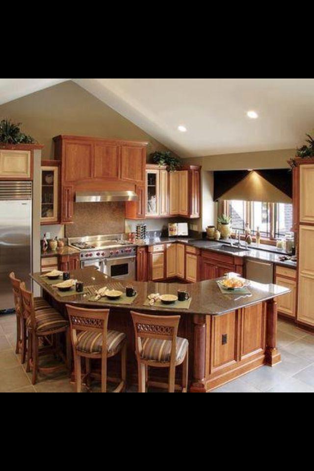 Kitchen Island Breakfast Bar Pictures Ideas From Hgtv: Small Kitchen Idea With Breakfast Bar.