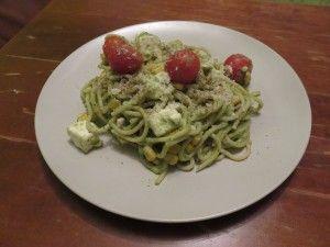 Spaghetti avec sauce à l'avocat