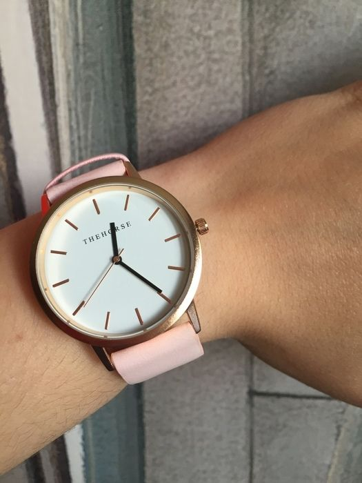 Zegarek pudrowo różowy - vinted.pl