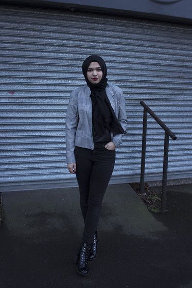 Saima Chowdhury - Forever 21 Asymmetrical Houndstooth Plaid Blazer - GREY