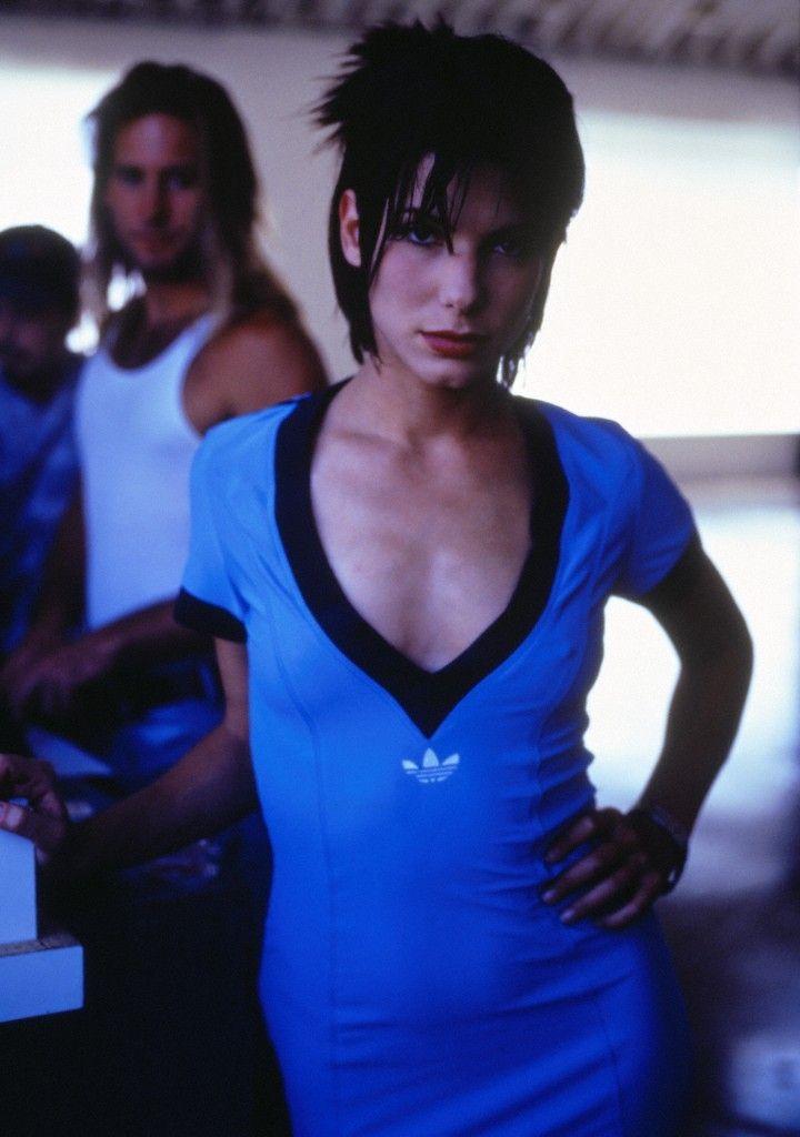 Más vistos - 04 - Adoring Sandra (Sandra-Bullock.net) | Picture Archive