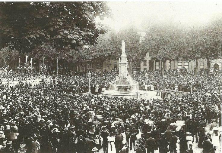 Onthulling Wilhelmina fontein 1898 Deventer Brink
