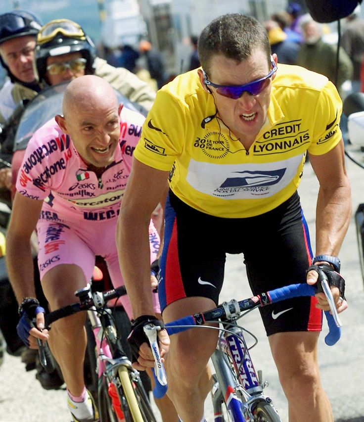 Lance Armstrong and Marco Pantani during their epic Mont Ventoux climb during the Tour de France in 2000   via http://c.o0bg.com/ (1767×2048)