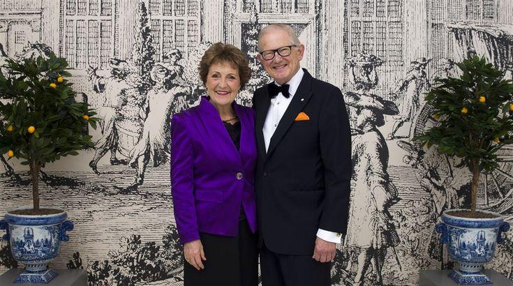 Ter ere van het 50-jarig huwelijksjubileum van prinses Margriet en Pieter van Vollenhoven heeft de Rijksvoorlichtingsdienst maandagmiddag nieuwe foto's vrijgegeven. Dinsdag is het exact vijftig jaar geleden dat het paar elkaar het ja-woord gaf.  (Lees verder…)