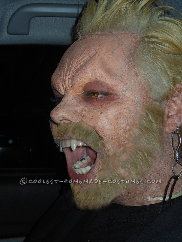 """Coolest Homemade """"David"""" Vampire Costume from The Lost"""