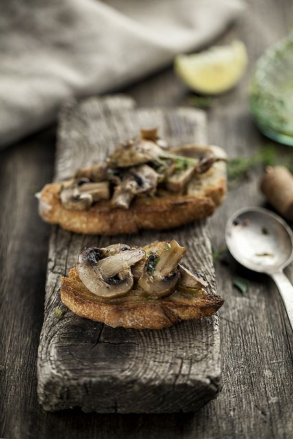 Oven Baked Mushrooms With Lemon And Thyme