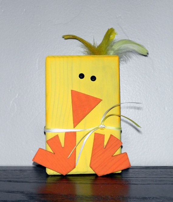 Spring block chick --- how stinkin' CUTE!!!! ♥    Made By:  SuziShoppe @ Etsy