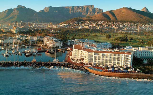 The Radisson Blu Hotel Cape Town: Simple, sophisticated luxury sans the stuffiness.  http://www.capetownmagazine.com/5-star/Radisson-Blu-Hotel-Waterfront-Cape-Town/114_22_18613