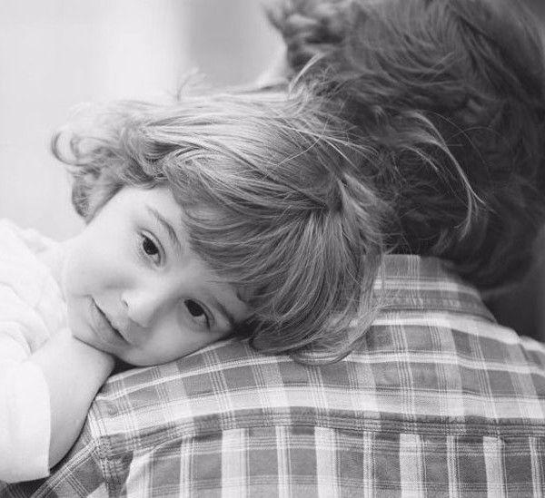 Экология жизни: И вот он — развод. Перед женщиной с двумя детьми картина маслом: 1) Отсутствие денег (она сидела в декрете, и не занималась своей карьерой), чувство унижения, выпрашивание алиментов. 2) Никто не помогает. Может, чуть помогут родители, но у них своя жизнь, они еще работают и так далее. 3) Дети не будут общаться с папой, сколько нужно.