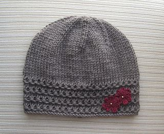 This hat is made in the round and does not have a seam.