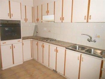 #Vivienda #Barcelona Casa Unifamiliar en venta en #Sallent zona ZONA PISCINAS - Casa Unifamiliar en venta por 137.260€ , 4 habitaciones, 125 m², 2 baños, con terraza, suelos de terrazo, calefacción gas