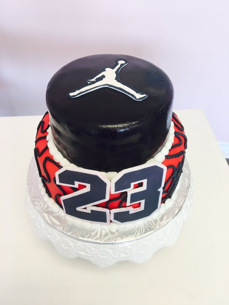 This man retired from the #NBA a while ago but never forgotten - the greatest ever.  So why not make a #MichaelJordon Custom Cake #DvasCakes #Cambridge