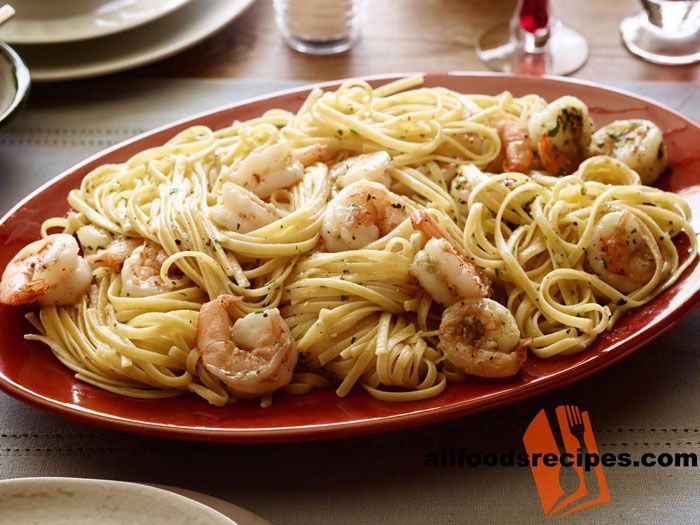Shrimp Scampi with Linguini – It's not every day that a cost conscious menu that pleases every one by simple ingredients and linguini pasta.    RECIPE : http://www.allfoodsrecipes.com/recipe/shrimp-scampi-linguini/