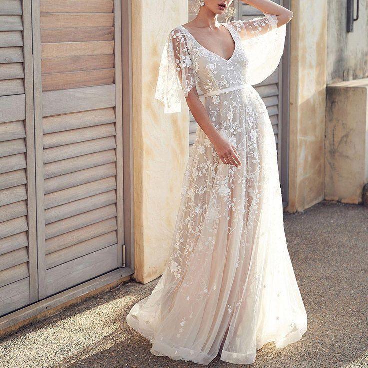 Fashion Lace V-Neck Evening Dress