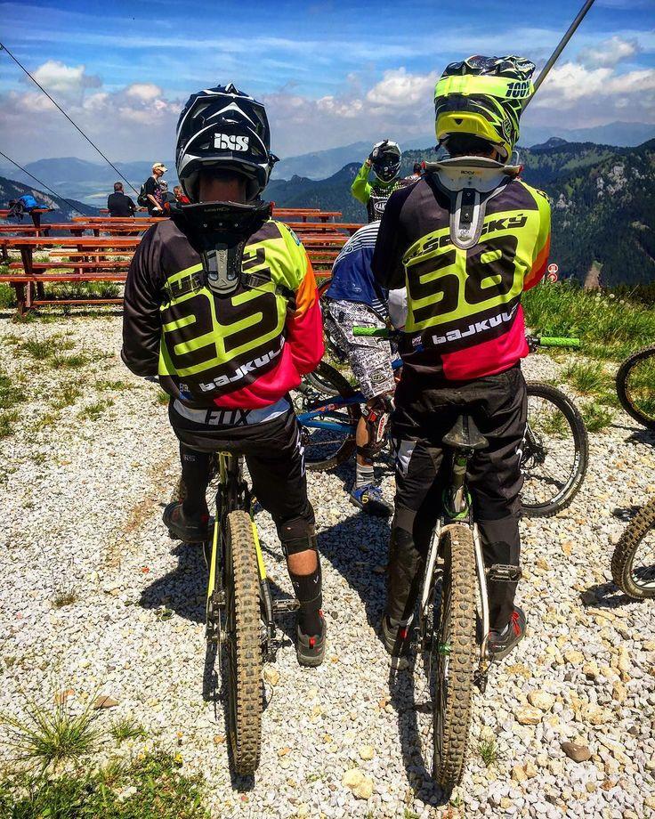 #bajkularidersbratislava #bajkula #spdh #downhillslovakia #downhill #jasna #nizketatry #trek #lapierre #giant #bikes