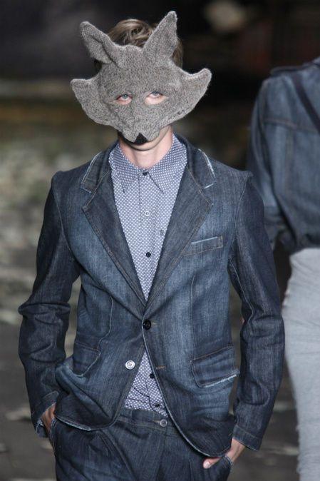 Google Afbeeldingen resultaat voor http://www.crochetconcupiscence.com/wp-content/uploads/2012/04/crochet-mask.jpg