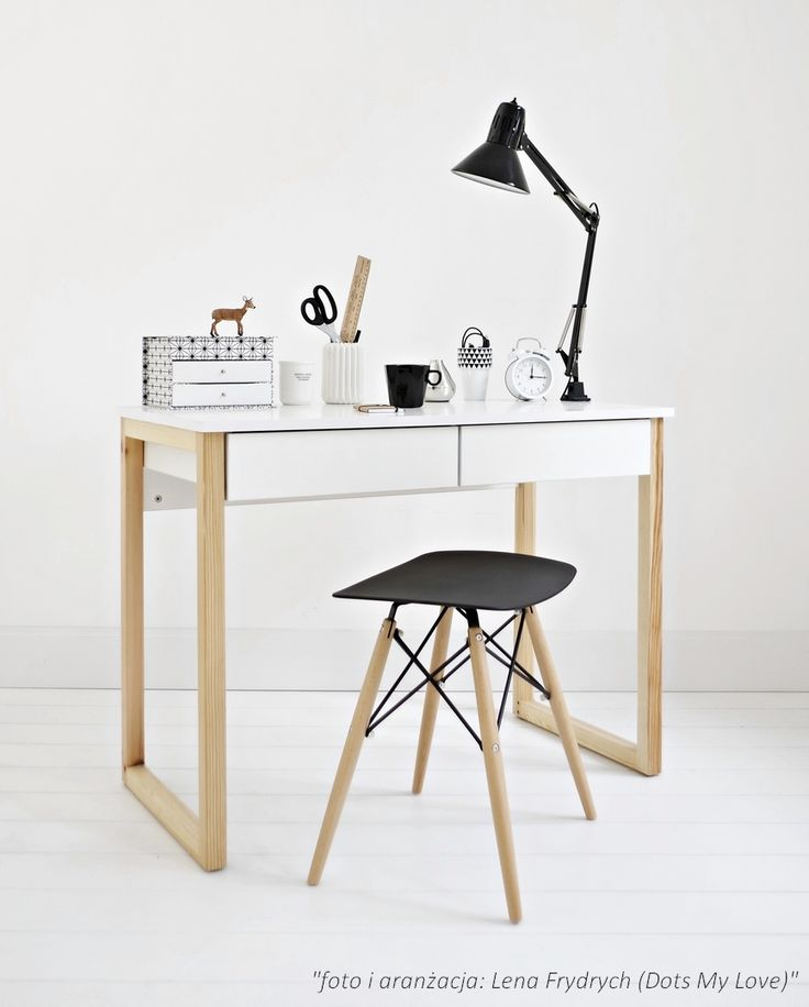 2 drawers desk on wooden legs #design #whitedesk #woodendesk #minimalism #pinewood
