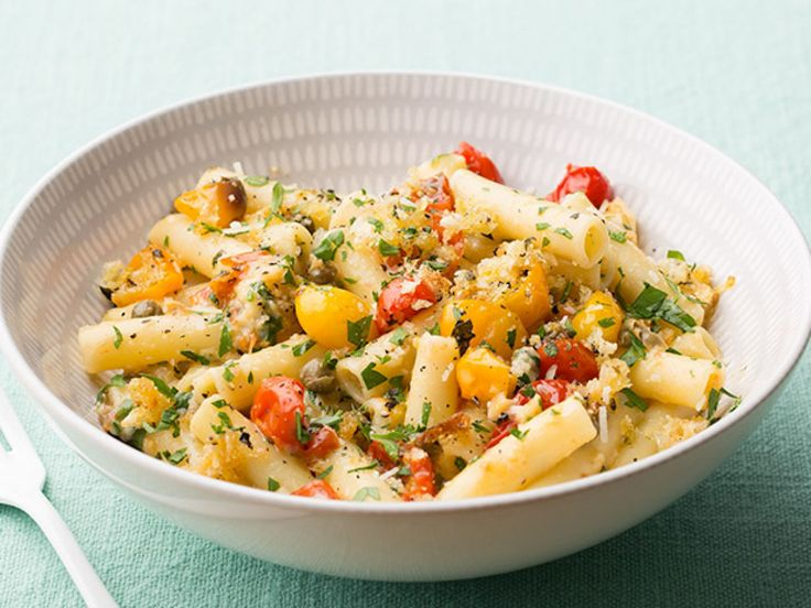 Pasta Ponza : If you're short on time and in need of a cheesy, salty fix, try Giada's Pasta Ponza.