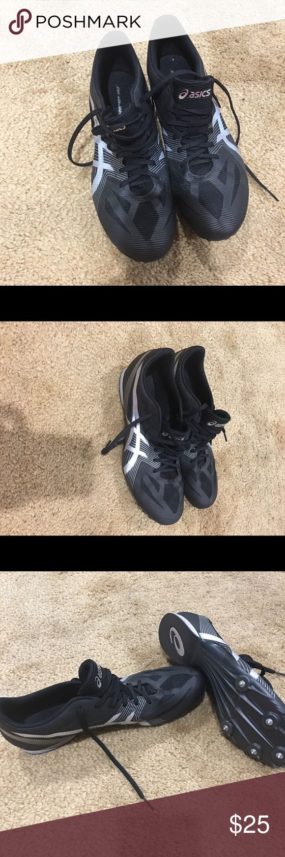Track shoes asics Look like new Asics Shoes Athletic Shoes