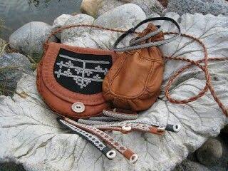 Renskinns väska, renskinns kaffepåse, tenntråds armband