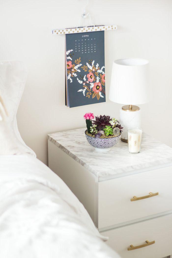 les 25 meilleures id es de la cat gorie relooking de table de chevet sur pinterest relooking. Black Bedroom Furniture Sets. Home Design Ideas