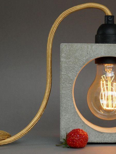 """Tischlampen - """"nomad"""" Betonlampe. Tischlampe. ein Designerstück von Uniikat-Shop bei DaWanda ------------------------Lamp, Lampe, Beton, Concrete, Bulb, Fabric Cable, concrete lamp, industrial, Table, Tisch, Textilkabel, Tischlampe, Nachttischlampe"""