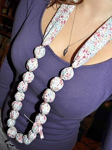 Tutorial: collana tubolare di stoffa vintage! :) - Blog di Ale & Jessy! Artiste del fai da te