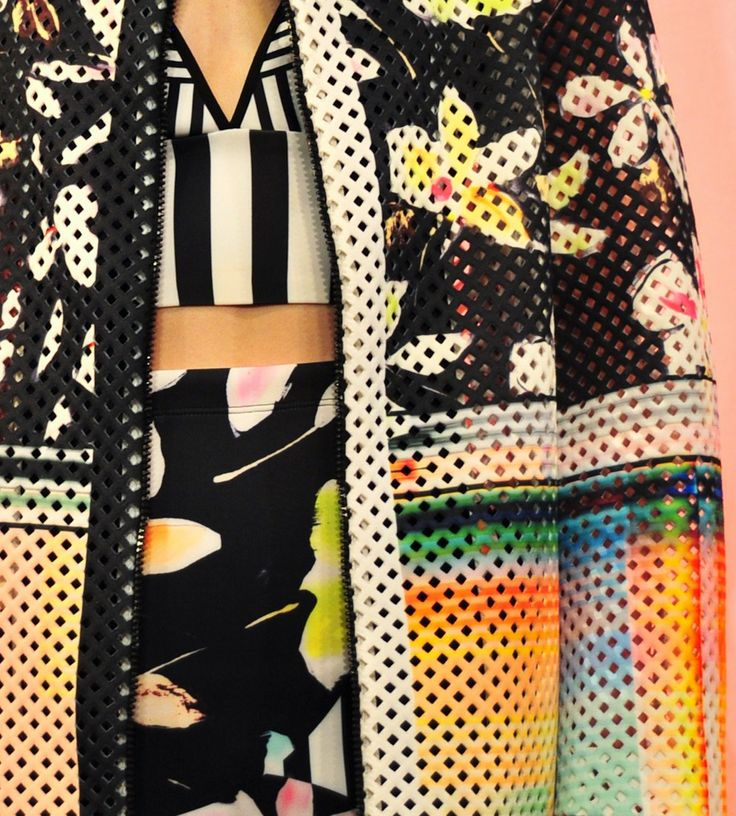A stunning detail shot from this neoprene mesh digital-print coat at the LA-based label clover canyon.