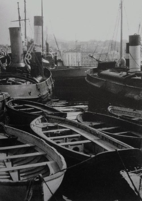 MARSEILLE before 1930 Photo: Germaine Krull