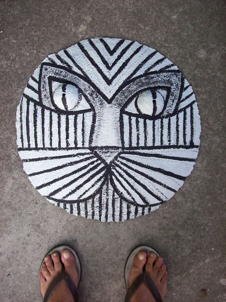 maschera gatto su cartapesta