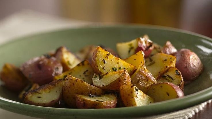 Tender taters, served with a sour cream sauce, are ready to eat in 25 minutes.