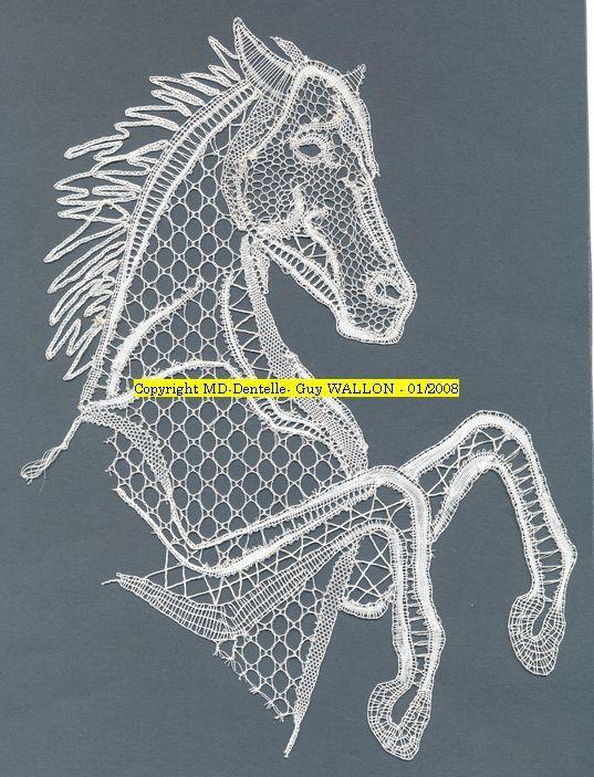 A cheval ! : Dentelles Contemporaines aux Fuseaux