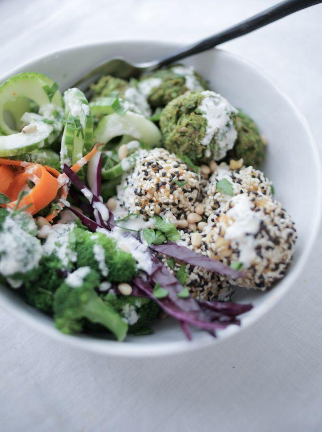Baked Pea Falafel with Sesame Rice Balls, vegan, gluten-free | Nutrition Stripped x USA Pulses #NSpartner #pulsepledge
