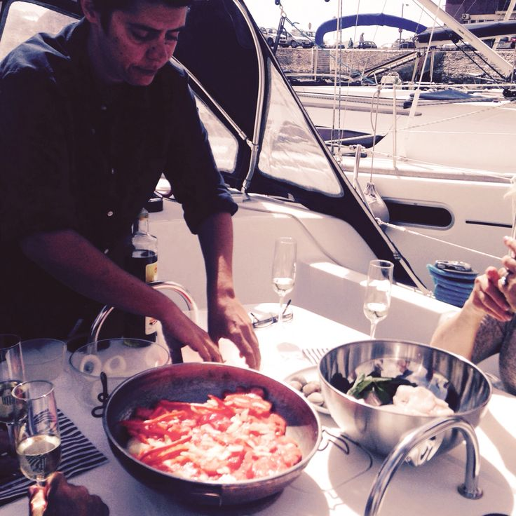 Cooking class on board a sailing boat after a lovely river cruise. Lazy Flavors, Lisboa, Portugal