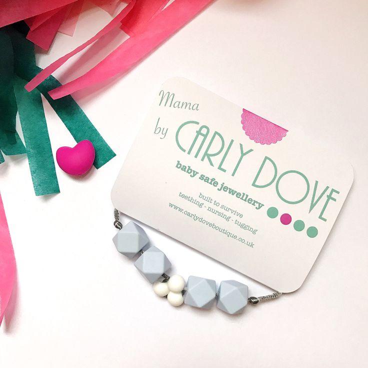 """Collar de dentición silicona collar de lactancia materna de """"Tiffany"""", collar, joyería de la dentición (azul pastel y blanco) de enfermería de CarlyDoveBoutique en Etsy https://www.etsy.com/es/listing/515665638/collar-de-denticion-silicona-collar-de"""