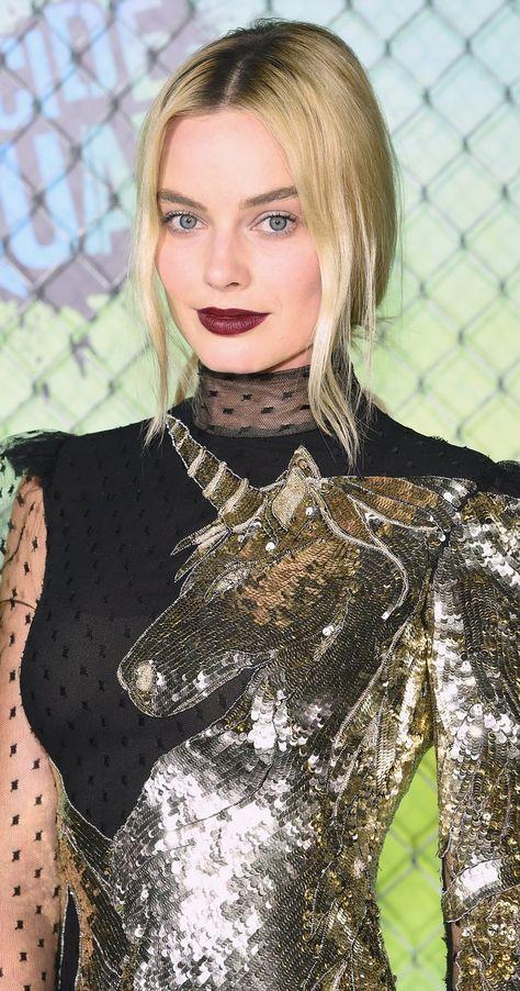Pictures & Photos of Margot Robbie - IMDb