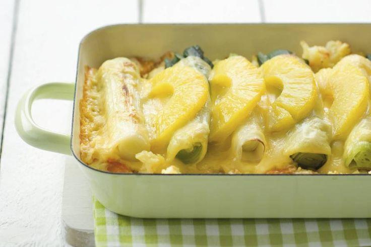 Kijk wat een lekker recept ik heb gevonden op Allerhande! Ovenschotel met prei en ananas