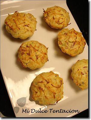 Ingredientes:   - Aceite para engrasar la bandeja de muffins. - 150 grms de bacon (yo he utilizado taquitos). - 50 grms de queso rallado. - ...