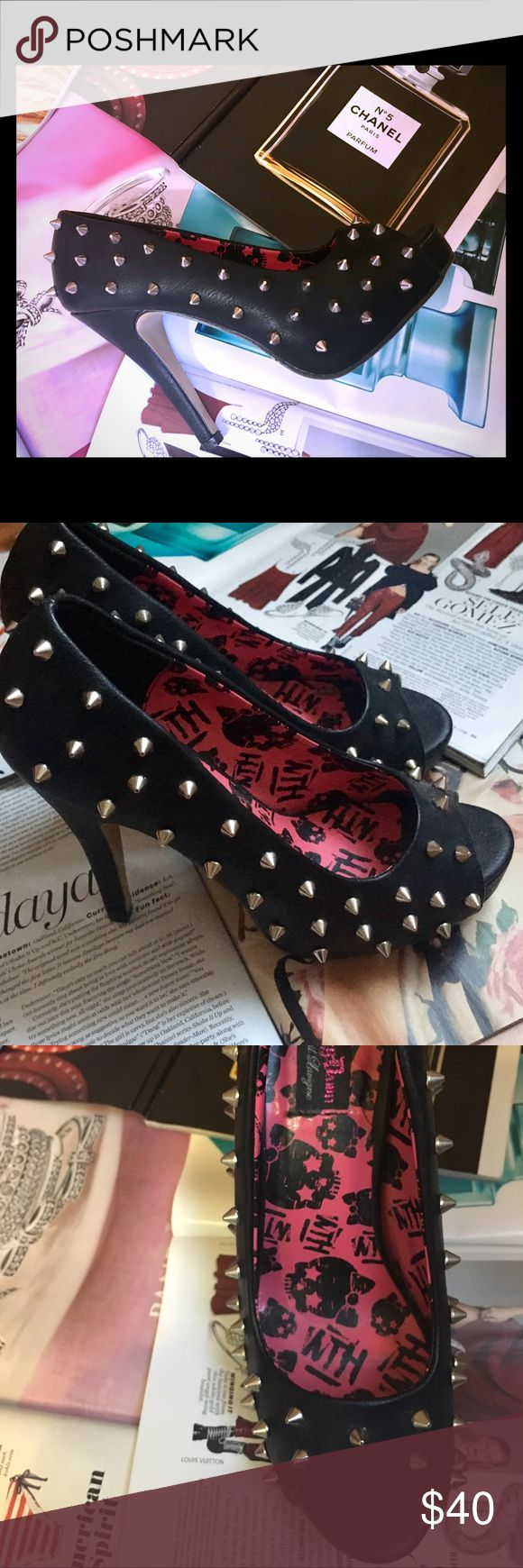 BRAND NEW Stomp the Streets Studded Heels 👠 👠 Stomp the Streets Studded Heels 👠 👠 ~ BRAND NEW ~ Size 39 ~ Avril Levigne's Shoe Collection ~ #icanteven 👠👡💍💋💄 Shoes Heels